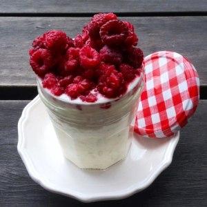overnight-oats-in-a-jar