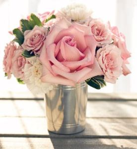 light-pink-roses-and-cream-flowers-arrangement-in-silver-vase-picture